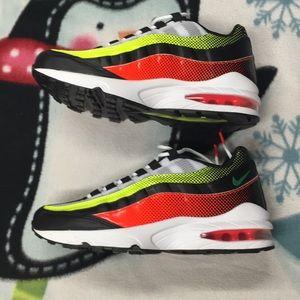 Nwot Nike Air Max 95 RF Sneakers